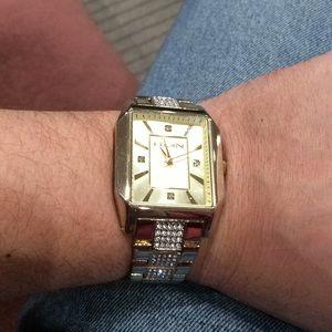 Elgin men's wrist watch. Like new. Very iced